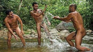 Homens se pegando numa foda muito gostosa entre homem